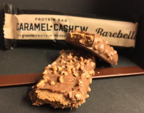 Barebells Proteinriegel Caramel-Cashew Geschmack im Test