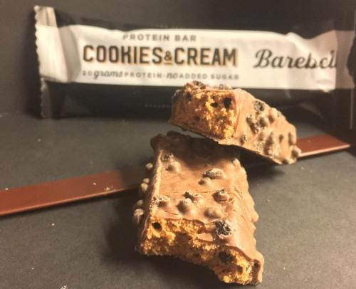 Barebells Proteinriegel Cookies & Cream Geschmack im Test